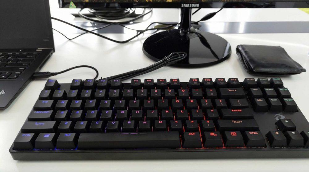 Top bàn phím cơ giá rẻ tốt nhất, đáng mua nhất hiện nay, Bàn phím cơ DareU DK880 RGB D Switch Tenkeyless giá rẻ