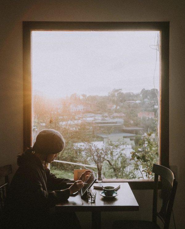Chia sẻ kinh nghiệm đi Đà Lạt một mình 3 ngày 2 đêm chỉ với 1 triệu 2 - Tiệm café Tháng 3