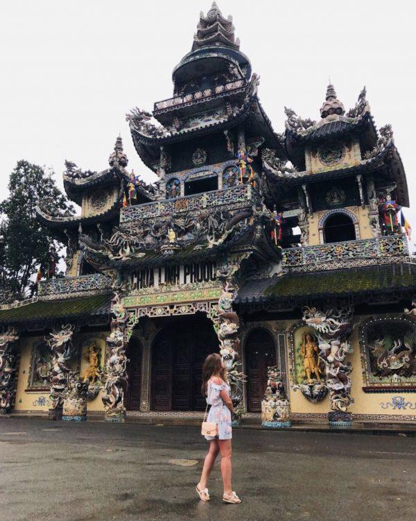 Chia sẻ kinh nghiệm đi Đà Lạt một mình 3 ngày 2 đêm chỉ với 1 triệu 2 - Chùa Linh Phước