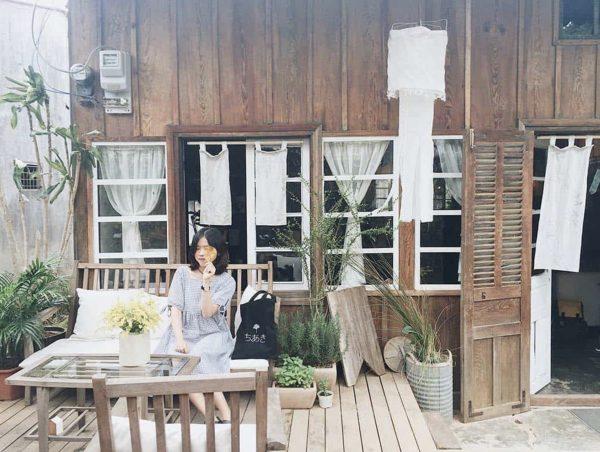 Chia sẻ kinh nghiệm đi Đà Lạt một mình 3 ngày 2 đêm chỉ với 1 triệu 2 - Still café