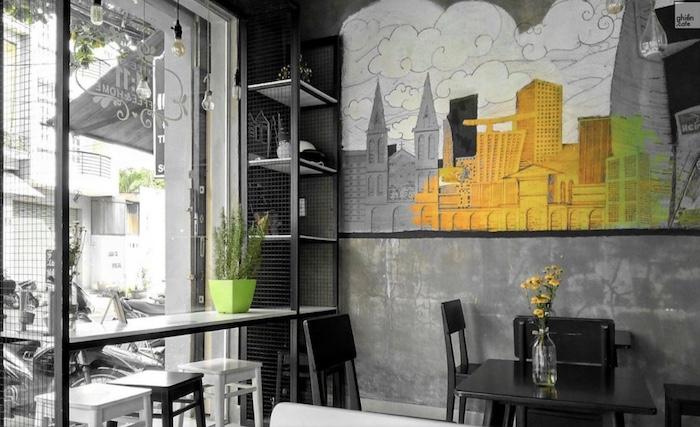 11:11 cafe - Quán cafe ở quận 1 yên tĩnh, phù hợp để học bài, làm việc hay ngồi tâm sự ít người