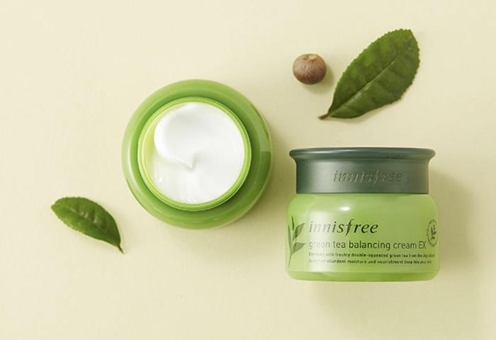 Kem Dưỡng Ẩm Innisfree Green Tea Balancing Cream EX