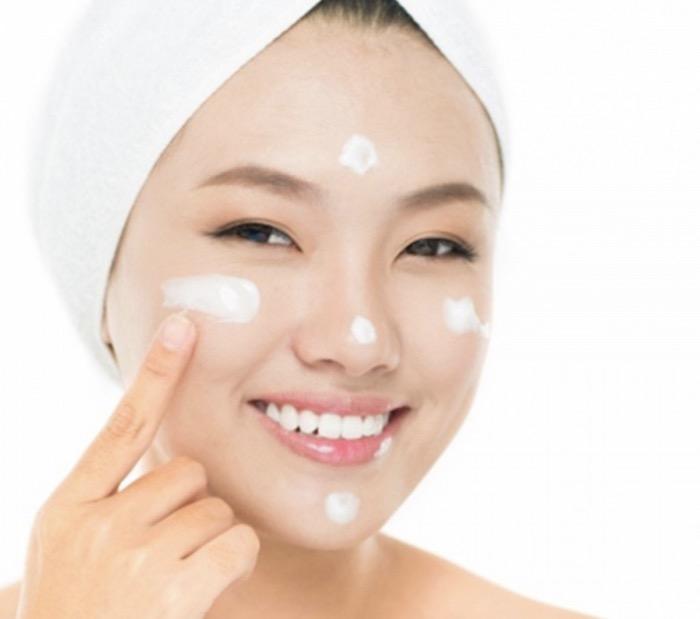 Cách sử dụng kem dưỡng da đúng cách để có hiệu tốt nhất cho làn da của bạn