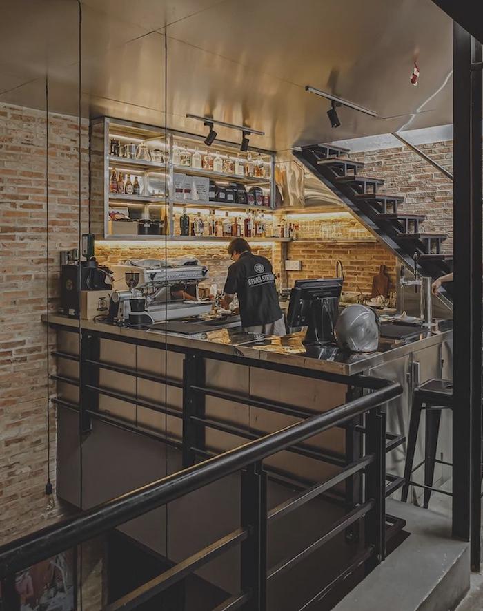 Rehab Cafe - Quán cafe dành cho những ai thích chill ở quận 1