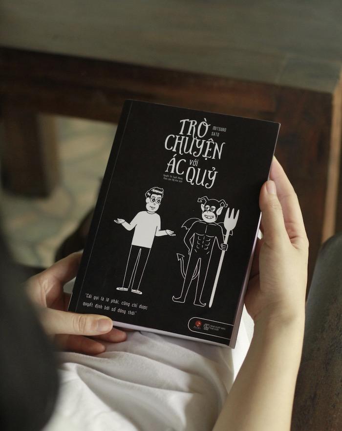 Review sách Trò Chuyện Với Ác Quỷ 5