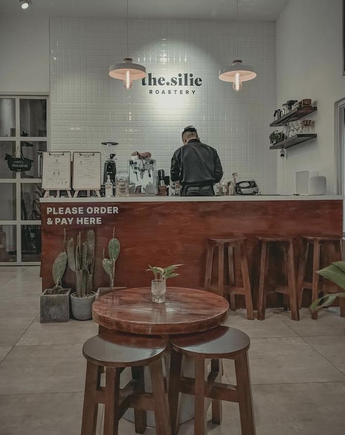 The Silie - Quán cafe ở quận 1 thích hợp cho những ai thích sự yên bình