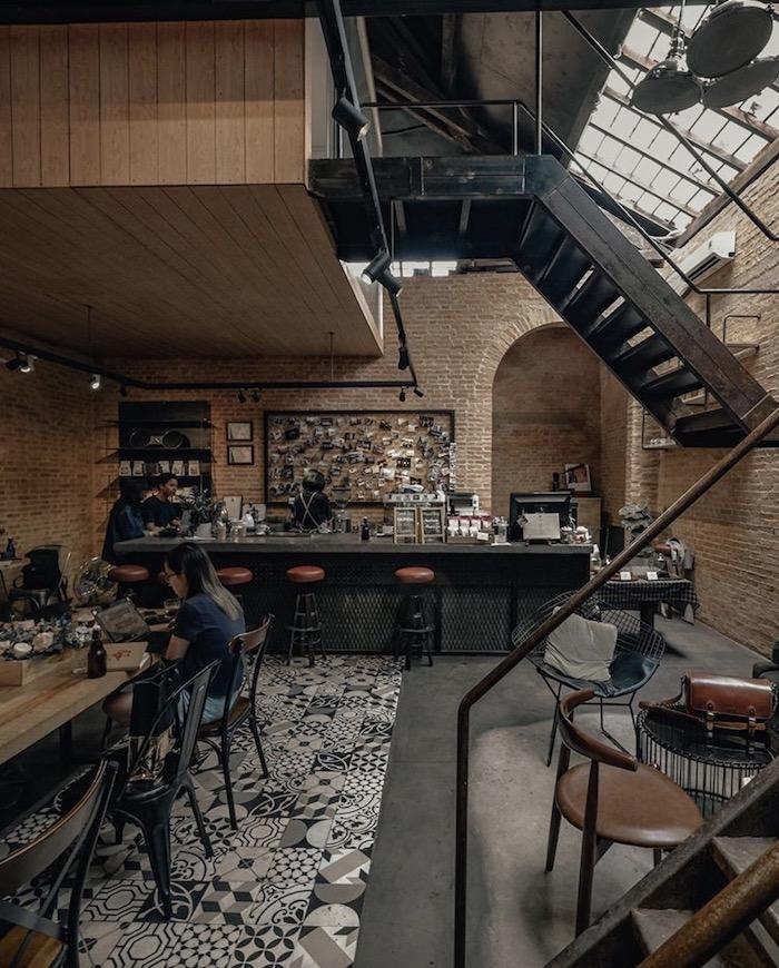 TOP 10+ quán cafe đẹp, chất lượng ở Quận 1 - The Hummingbird Cafe Saigon - 1