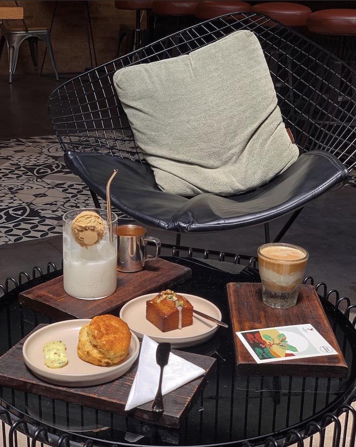 TOP 10+ quán cafe đẹp, chất lượng ở Quận 1 - The Hummingbird Cafe Saigon - 5