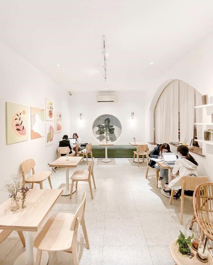 Bagua House - Quán cafe ở quận 3 yên tĩnh, nhẹ nhàng với style trắng tinh xinh xắn đón nắng vàng 2