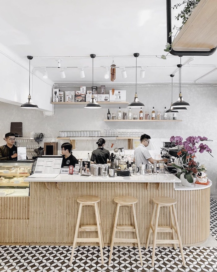 Full House Café - Quán cafe ở quận 3 phù hợp cho nhu cầu học tập & làm việc