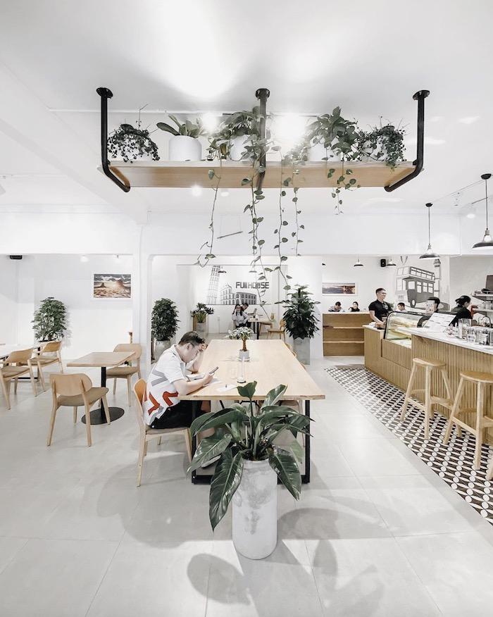 Full House Café - Quán cafe ở quận 3 phù hợp cho nhu cầu học tập & làm việc 1