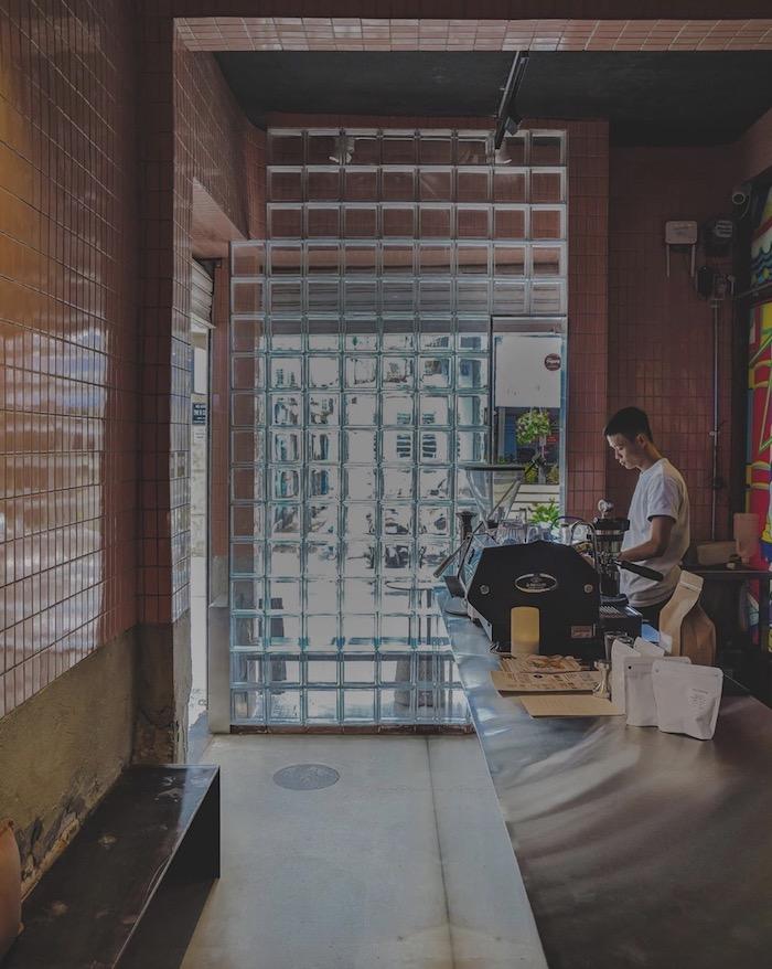 MA Thỏ - Quán cafe ở quận 3 sáng bán cà phê, chiều tối bán cocktail 4
