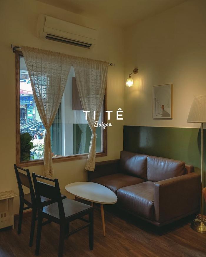 Ti Tê Cafe - Quán cafe ở quận 1 decor theo phong cách retro cổ điển 2