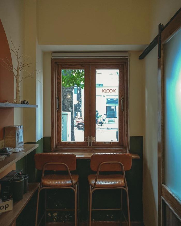 Ti Tê Cafe - Quán cafe ở quận 1 decor theo phong cách retro cổ điển 5
