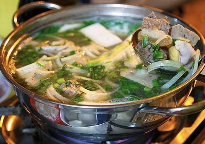 Lẩu bò ngon ở Quận 3 - TOP quán lẩu bò ngon ở Sài Gòn 2