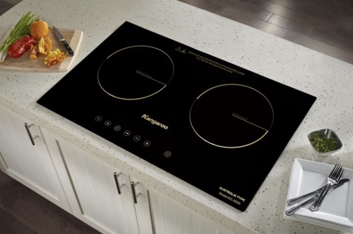 Bếp điện từ Kangaroo thiết kế ấn tượng