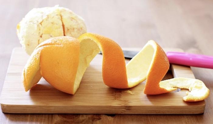 Dùng vỏ cam, quýt, bưởi khử mùi bình giữ nhiệt hiệu quả