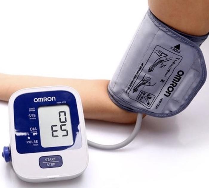 Máy đo huyết áp tự động bắp tay