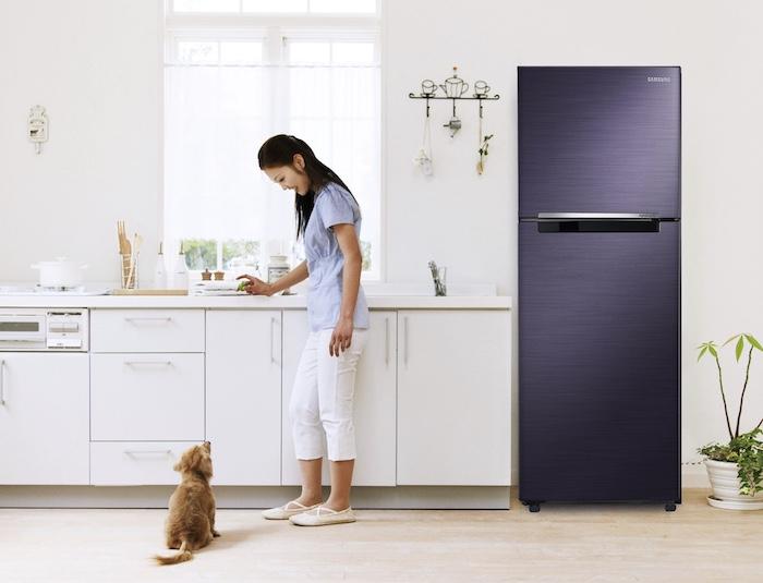 Nhược điểm lớn nhất của sản phẩm này chính là có thiết kế quá lớn so với tủ lạnh thông thường.