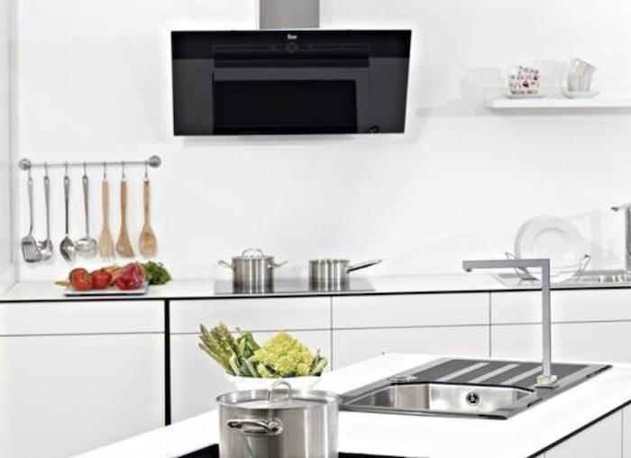 Quan tâm đến chất liệu máy khử mùi bếp để biết máy hút mùi bếp loại nào tốt