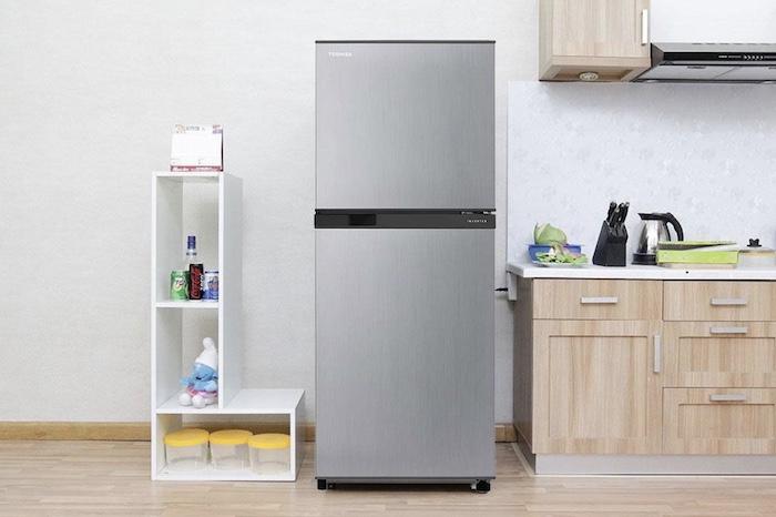 Điểm trừ duy nhất đó là dòng tủ lạnh Toshiba có thiết kế mang tính đơn điệu