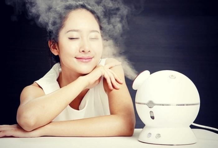 Xông hơi mặt giúp đẩy những độc tố nằm sâu trong các lỗ chân lông ra ngoài