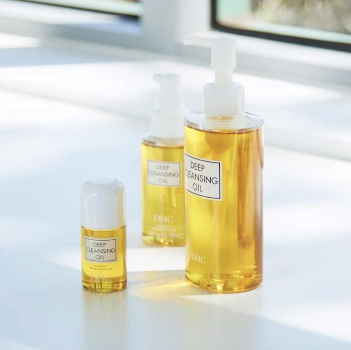Dùng dầu tẩy trang Deep Cleansing Oil DHC đúng cách giúp phát huy tối đa công hiệu của sản phẩm