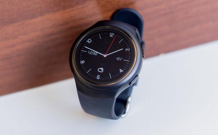 Thiết kế Finow X3 Plus nhìn tuy đơn giản nhưng lại tạo cảm giác hiện đại, sang trọng