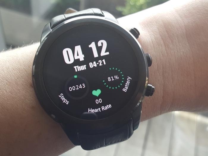 Có thể nói Finow X5 plus là đồng hồ có màn hình đẹp và được đánh giá cao hiện nay.