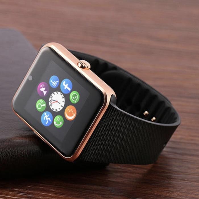 Màn hình của Smartwatch GT08 có cảm ứng khá tốt và nhạy, khả năng chống chói cũng khá đáng nể.