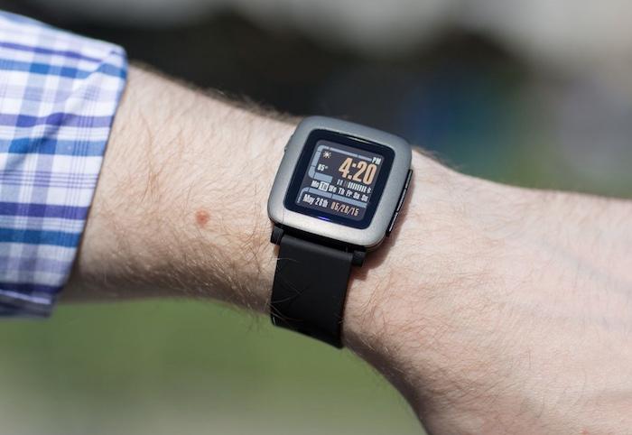 Review, đánh giá đồng hồ thông minh Pebble Watch chi tiết