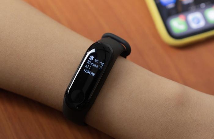 Xiaomi Mi Band 2 tích hợp nhiều tính năng hữu ích cho user