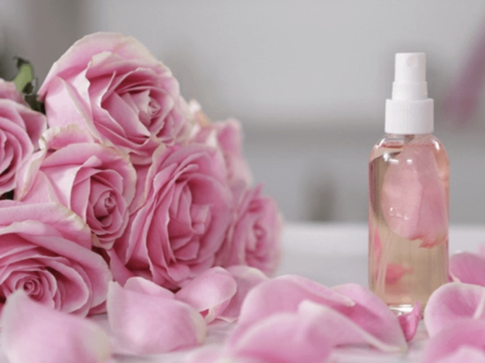 Dùng đúng loại toner phù hợp cho da dầu mụn mới có thể cải thiện tình trạng da của bạn
