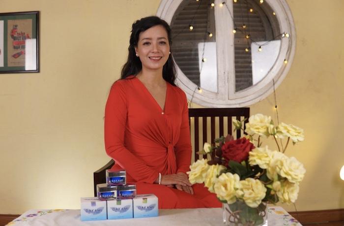 Diễn viên Chiều Xuân cũng chia sẻ sau khi dùng kem dưỡng da Dakami